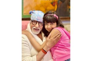 Aishwarya shares picture of Big B, Aaradhya from his 79th b'day