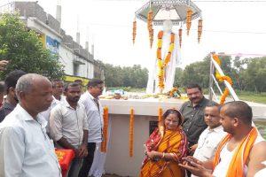 Villagers build Covid warrior memorial in Odisha
