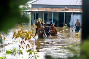 TMC leaders supervise flood relief & rescue ops